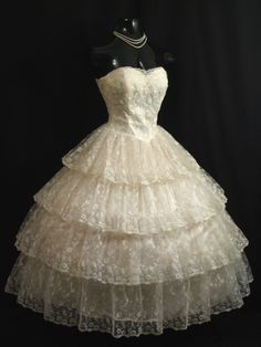Vintage 1950's 50s Strapless Ivory Chantilly Lace Tulle Prom Wedding Dress Gown   eBay