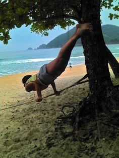 Modelo: Marina Engler | Fotógrafa: Lili Varela | Praia do Sono, Paraty, RJ