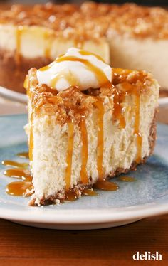 Crisp Cheesecake Apple Crisp Cheesecake is the OFFICIAL dessert of fall. Get the recipe at .Apple Crisp Cheesecake is the OFFICIAL dessert of fall. Get the recipe at . Best Apple Recipes, Apple Dessert Recipes, Fall Desserts, Just Desserts, Delicious Desserts, Favorite Recipes, Blueberry Recipes, Apple Crisp Cheesecake, Cheesecake Desserts