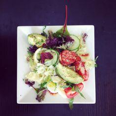 Koude pastasalade met chorizo en avocado