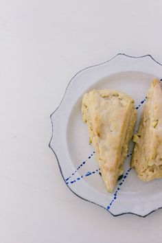 lemon white chocolate scones