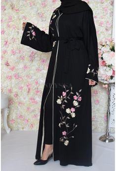 Abaya Style, Burka Style, Hijab Style, Abaya Designs, Blouse Designs, Abaya Fashion, Muslim Fashion, Fashion Dresses, Abaya Dubai