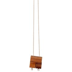 The 3 Block Necklace Walnut is made from3 wooden blocks.If you wear the necklace you can play with the blocks on the chain, so you can wear it as a square or pull downindividual blocks to your own taste. The length of the chain is80 cm and it's nickel tested.