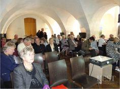 """Retrouvez les photos des conférences de Jean-Jacques Schellenberger et M.-Antoinette Kuhn organisées, le samedi 3 octobre, par l'Académie lorraine des arts du feu à la crypte du château de Lunéville. Images proposées par """" Académie lorraine des arts du feu (Lunéville) """""""