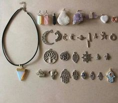 one necklace interchangeable gems <3
