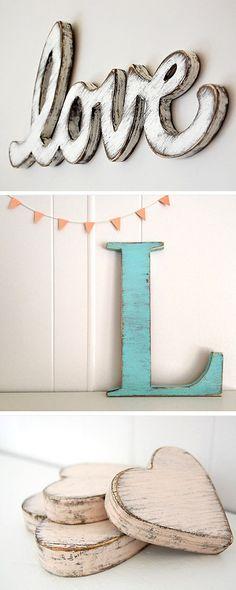 Wooden signs and letters | Tips om zelf te maken: http://www.jouwwoonidee.nl/houten-decoratieletters-maken/