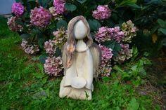 Andělská přítomnost .... andělé Pottery Angels, Garden Sculpture, Creta, Outdoor Decor, Home Decor, Decorated Candles, Homemade Home Decor, Interior Design, Home Interiors
