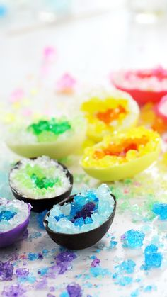 Recipe with video instructions: Filled with colorful popping candy, these beautiful chocolate Easter eggs totally rock! Ingredients: chocolate or candy melts, melted, 8 oz white chocolate, melted, scant ¾ cup whipping cream, hot, pinch of salt, rock candy in a variety of colours, crushed,