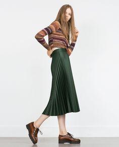 zara-green-accordion-pleat-skirt-accordion-pleat-skirt-product-4-666161081-normal.jpeg (1920×2379)