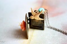 Vintage fairytale - shabby chic book locket -