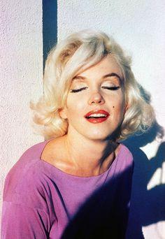 Norma Jeane Mortenson, mais conhecida como Marilyn Monroe. Musa!