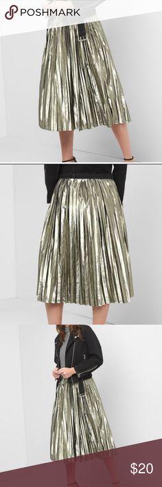 Gap Gold MIDI Skirt NWT NWT NEVER WORN GAP Skirts Midi