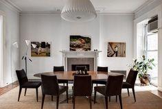 Sala de jantar da fotógrafa Margaret Reid Boyer, onde ela expõe algumas de suas fotos. Brooklyn Heights, Nova York, NY, USA.  Fotografia: Bruce Buck/ The New York Times.