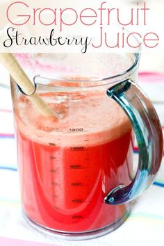 Grapefruit Strawberry Juice - sounds so refreshing an it's the prettiest color! | Blooming on Bainbridge