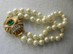 Vintage Italian 1960 - Art Deco beautiful and elegant high quality Pearls,2wire bracelet -Jewelry for Bridal--Art.229/2-
