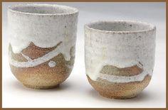 Shigaraki pottery Japanese tea cups tansetsu white glaze yunomi set of 2 - tablinstore Irori, Japanese Chopsticks, Japanese Tea Cups, Fun At Work, Tea Bowls, Tea Ceremony, Ceramic Clay, Ceramic Artists, Asian Art