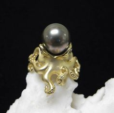 Google Image Result for http://www.bluemarlincustomjewelry.com/images/sdoctopusring.jpg