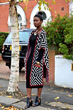 ecstasymodels: Argyll Poncho Runway Ribbons BGKI - the website to view fashionable & stylish black girls African Print Dresses, African Print Fashion, Africa Fashion, African Fashion Dresses, African Dress, Ankara Fashion, African Prints, African Attire, African Wear