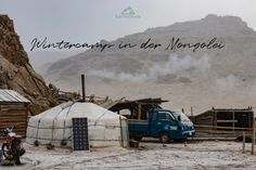 Wintercamp in der Mongolei. Warum es sich lohnt in der Nebensaison zu reisen. 5 Gründe warum wir reisen in der Nebensaison lieben. Rafting, Hotels, Art Photography, Winter, Outdoor, Canadian Canoe, Rainy Season, Mongolia, Tourism