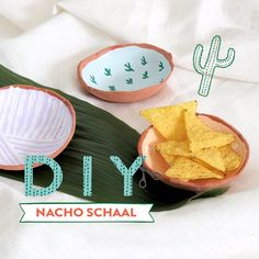 DIY: Nacho Schaal – Hobbies paining body for kids and adult Diy Crafts Hacks, Diy Home Crafts, Diy Crafts To Sell, Polymer Clay Crafts, Diy Clay, Diy Air Dry Clay, Clay Plates, Clay Art Projects, Pottery