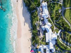 White Rooftops✔ Beach filled with Pink Sand✔ Clear Turquoise Water✔ What's not to love about this beautiful photo by Bermuda Aerial Media @bermudaaerialmedia #bermuda #bermynet #coralbeach #coralbeachclub #beach #bermudabeach #beaches #beachlife #beachlovers #pinksand #island #islandlife #paradise #relax #destinations #getaway #travelgram #instatravel #wanderlust #travel #explore #destinations #aerial #vacation #holiday #aerialphotography #oceanview #atlantic #ocean #bermudatriangle