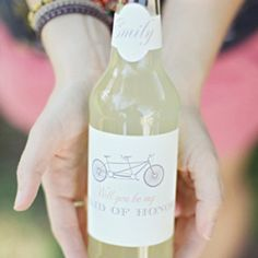 See some of our favorite FREE wedding printables, from drink labels to invitations (labels and image via the Wedding Chicks)