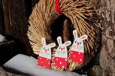 Věnec ZAJEČÍ trio Christmas Ornaments, Holiday Decor, Home Decor, Xmas Ornaments, Decoration Home, Christmas Jewelry, Christmas Ornament, Interior Design, Christmas Baubles