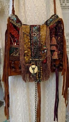 pretty boho bag with tassels and fringes