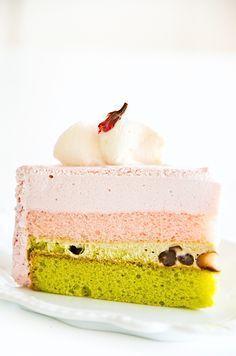 cherry blossom and matcha layer cake (entremet)