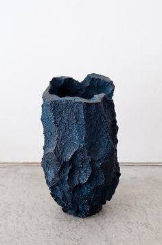 MICHAL FARGO, ELSE: the color and texture of this ceramic piece.