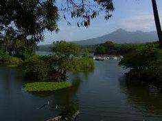 Volcan Mombacho visto desde las Isletas del lago Cocibolca, Nicaragua - Buscar con Google