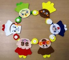 アンパンマン Handmade Felt, Fine Motor Skills, Kids And Parenting, Diy And Crafts, Toys, Flowers, How To Make, Felting, Play
