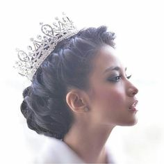 Chelsea Olivia Wijaya @chelseaoliviaa   #artisindonesia #artisindo #indonesianartist #chelseaolivia