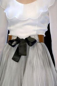 Chanel - Mode prêt à porter - Haute couture - Chanel Cute Fashion, High Fashion, Womens Fashion, Fashion Shoes, Beautiful Outfits, Cute Outfits, Fashion Details, Fashion Design, Mode Inspiration