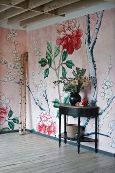 Get decorative wall Painting ideas and also innovative design suggestions to colour your interior home walls with Berger Paints. have a look at Inspiring interior wall design L Wallpaper, Chinoiserie Wallpaper, Amazing Wallpaper, Modern Wallpaper, Wallpaper Ideas, Designer Wallpaper, South Shore Decorating, Beautiful Wall, Inspired Homes