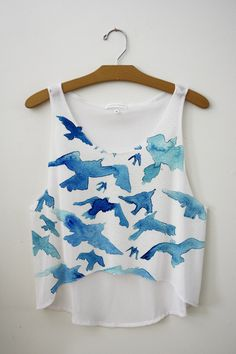 Water color style bird design pattern loose cropped tank top