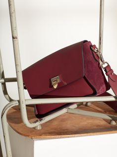 134 Mia cross-over in oxblood can be used for everyday as well as for going out. The bag is made in a smooth leather and has a wide suede piece around the bag. Inside the bag has a compartment and a small side pocket, which closes with a zipper. The bag Oxblood, Smooth Leather, Going Out, Campaign, Bags, Handbags, Soft Leather, Dime Bags, Totes
