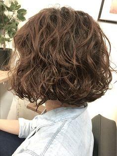 【2018年春】スパイラルウェーブボブ/Penelope 【ペネロープ】のヘアスタイル|BIGLOBEヘアスタイル