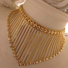 Gold Choker Necklace, Jewelry Photography, Simple Jewelry, Boho Fashion, Eyeliner, Jewelry Design, Chokers, Bracelets, Necklaces
