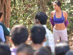 Poonam Pandey's indecent behaviour invites wrath http://www.thehansindia.com/posts/index/2014-05-05/Poonam-Pandeys-indecent-behaviour-invites-wrath-94051