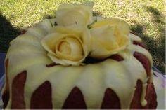 Ένα κέικ που θα μείνει αξέχαστο σε όποιον το δοκιμάσει. Greek Desserts, Greek Recipes, Sweet Corner, I Foods, Food To Make, Food Processor Recipes, Bakery, Recipies, Deserts