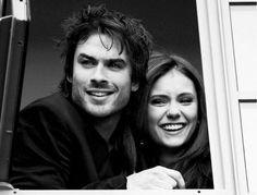 Helena et Damon ;-) #TheVampireDiaries #cute Mon moment quétaine !