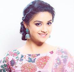 Indian Film Actress, Beautiful Indian Actress, Indian Actresses, Actors & Actresses, Kirthi Suresh, South Indian Heroine, Indian Face, National Film Awards, Prettiest Actresses
