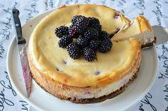 Bramen cheesecake • Betty's Kitchen Something Sweet, Cheesecakes, Starters, Delish, Pancakes, Food And Drink, Pie, Baking, Breakfast
