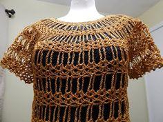 Precioso tejido para diferentes proyectos desde esta bella blusa o vestido para la playa, o simplemente una sencilla y bonita capa a los hombros. Esta blusa ...