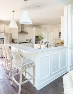 Update and Make a Traditional Cream Kitchen More Modern (on a Budget) White Kitchen, Brown Kitchens, Kitchen Upgrades, Off White Kitchens, Kitchen Countertops, White Kitchen Tiles, White Kitchen Island, Kitchen Style, Kitchen Renovation