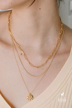 Layered up in our favorite chains. Ft our Paperclip chain necklace, Faye Curb Chain and Stargazer Medallion necklace. Golden Necklace, Bar Necklace, Initial Necklace, Stargazer, Delicate Jewelry, Chains, Handmade Jewelry, Bracelets, Silver