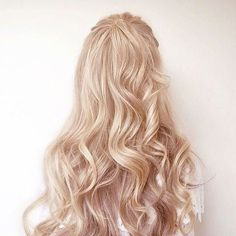 Imagem de hair, girl, and blonde Hair Inspo, Hair Inspiration, Loona Kim Lip, Fleur Delacour, Princess Aesthetic, Pretty Little Liars, Rapunzel, Hair Goals, Blonde Hair