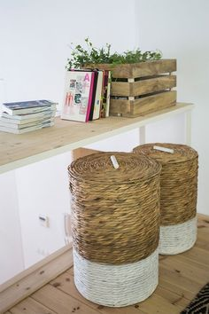 Mast set of 2 laundry baskets. Set of 2 water hyacinth laundry baskers. Inside fabric lining included. Hygge, Water Hyacinth, Laundry Basket, Jute, Decoration, Cool Designs, Furniture Design, Fabric, Styles