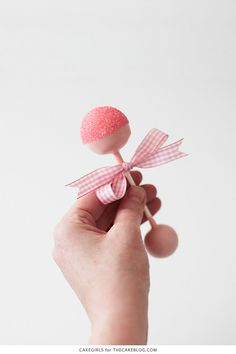Tutorial:  Baby Rattle Cake Pops, perfect for baby showers